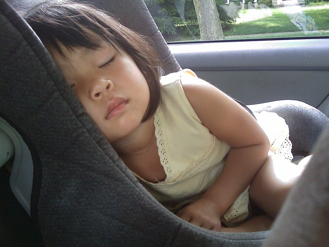 spánek v autě
