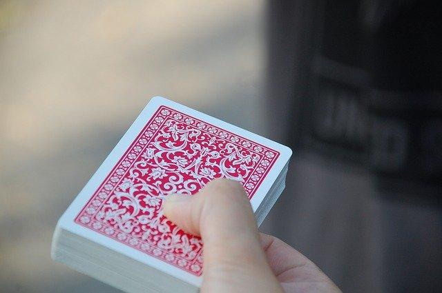 canastové karty